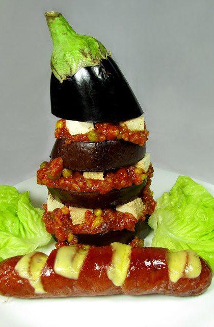 Bakłażan Zapiekany z Warzywami, Ryżem i Tofu