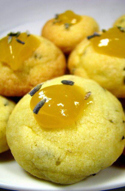 Kruche Lawendowe Ciasteczka z Lemon Curd
