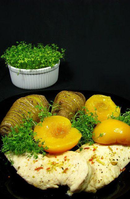 Brzoskwiniowy Kurczak i Ziemniaki Hasselback