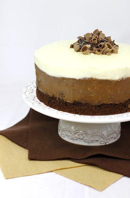 Tort Truflowy z Białą i Ciemną Czekoladą