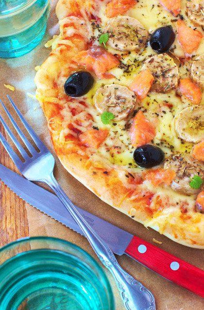 Pizza z Łososiem i Bananami