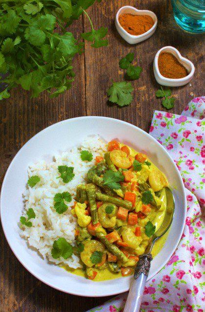 Curry z Krewetkami, Warzywami i Mleczkiem Kokosowym