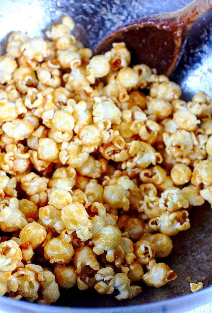 Popcorn Karmelowy z Solą