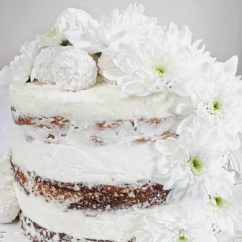 Raffaello naked cake wwwjustmydeliciouscom food justmydelicious foodblogger foodblog foodstylist foodstylinghellip