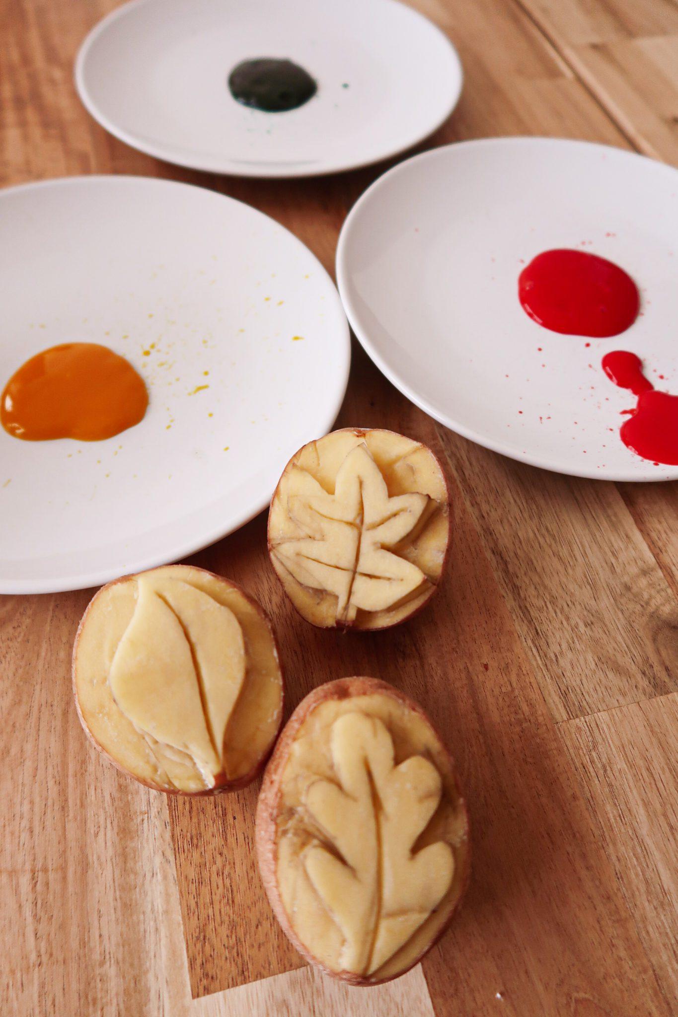 stemple z ziemniaków jesienne liście