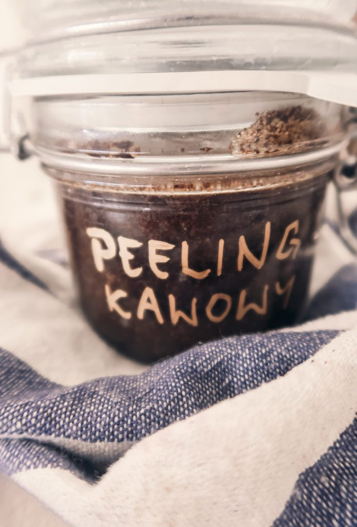 Natłuszczający Peeling Kawowy – Prezenty DIY